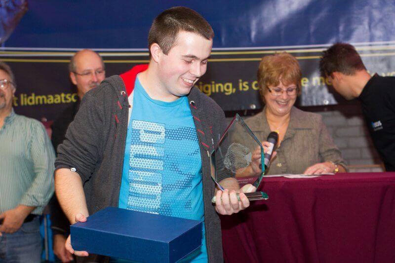 Mark Dobronyi is erg blij met zijn 3e plaats categorie: Striped